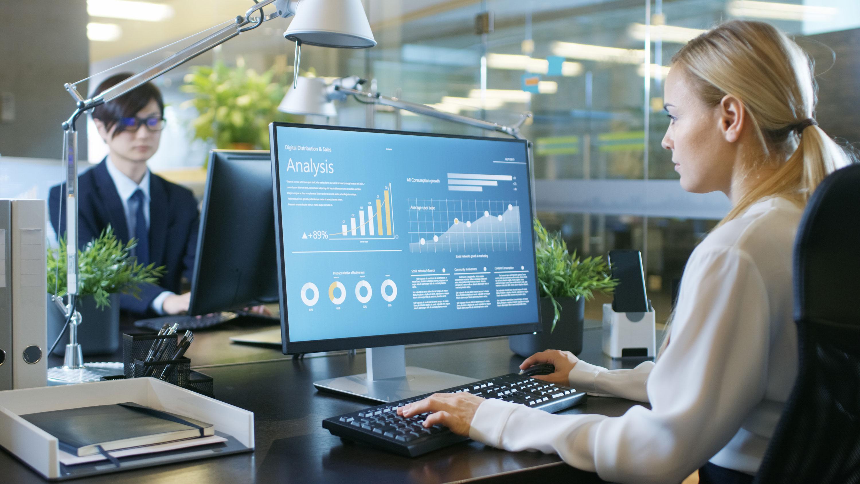 Operationalizing Analytics for the Intelligent Enterprise
